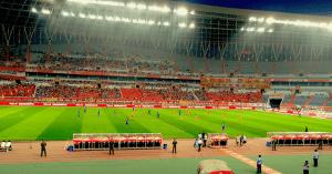 Einblicke ins Stadion von Shandong Luneng in China, Atlasprof Detlef Müller berichtet